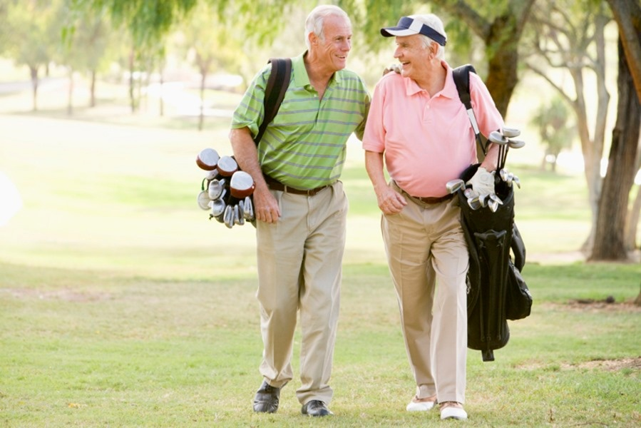 friends golfing.jpg