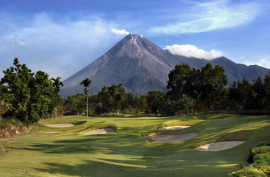 Merapi_Golf_Course.jpg